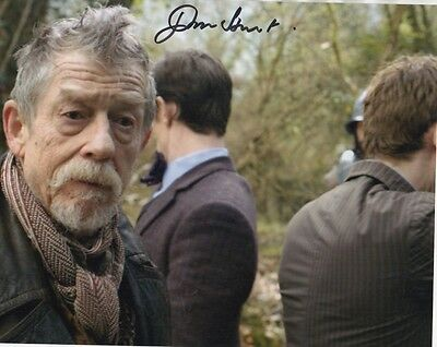 John Hurt Dr Who Signed 10-8 Photo