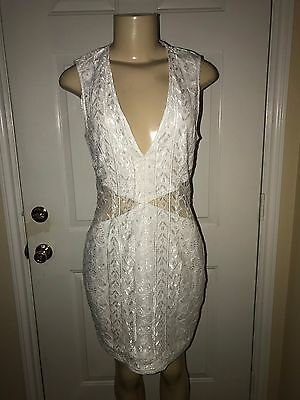 90ad4417010 Pre-Owned Missguided Woman s Sleeveless Cut Out Mini Lace Dress White Size  14