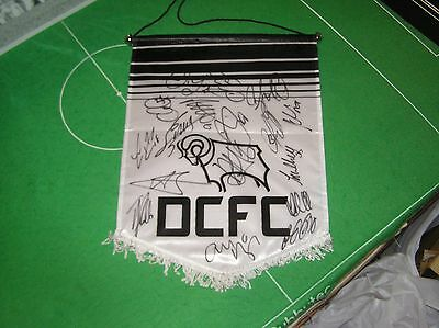 Derby County FC Pennant Signed x 17 2016/17 Players Keogh Bent Ince Bryson etc