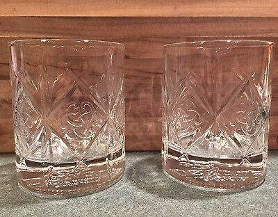 Set Of 2 New DEWAR's True Scotch Whisky Celtic Knot Embossed Bar Glass Cups