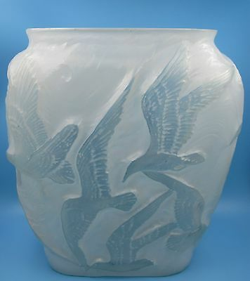 Vintage Phoenix Consolidated Art Glass Frosted Satin Pillow Vase Birds Seagulls