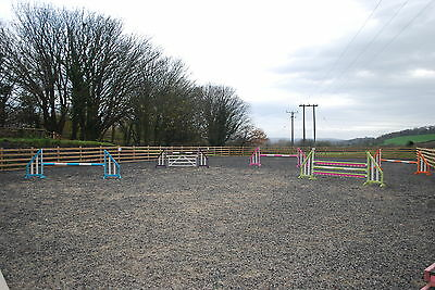 horse showjumps 5prs poles/planks/gate with keyhole tracks by bristolshowjumps.