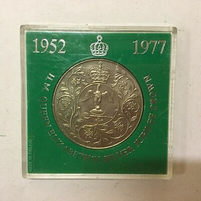 1977 Crown Coin English British Queen on Horse Silver Jubilee COIN IN CASE