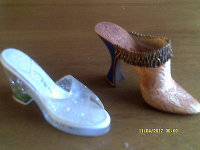 2 JUST THE RIGHT SHOE- COLLECTIBLE - BY RAINE Crocus/Marie Antoinette