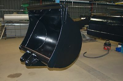 """3' 6"""" or 1.0M Digging Bucket to suit JCB3cx or JCB 8080"""