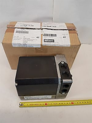 Siemens SQM50.481A2G3 Actuator 220/240V 50-60Hz 20vA 10Nm AGA56.41A27 4-20mA New