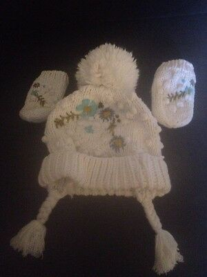 Next Baby Girls Wooly Bobble Hat And Mittens Age 1 -2 Years