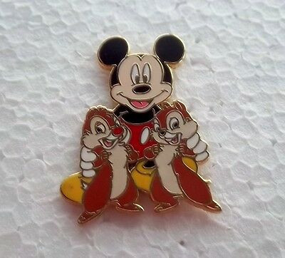 *~*disney Chip N Dale Mickey Mouse & Friends Booster Pin*~*
