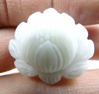 25*29MM Beautiful Chinese jade hand-carved the statue of lotus agate PENDANT P1