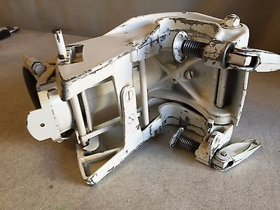 1977 4R77B Johnson Outboard Motor TRANSOM CLAMP & SWIVEL BRACKET