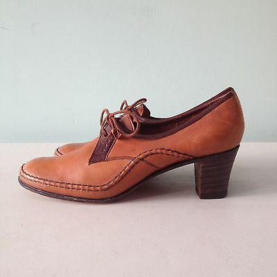 Vintage Ladies Barker Shoes, heeled brogue style, size 3-4