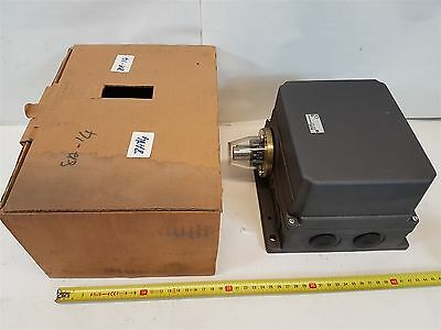 Balluff BSW-493-06L3 Mechanical Rotary Cam Switch New