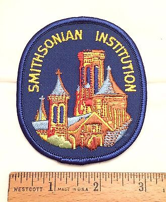 Vintage SMITHSONIAN Institution National Museum Souvenir Patch Badge