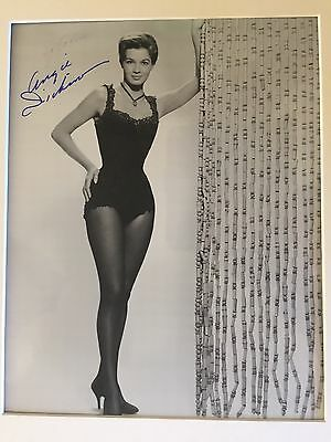 GENUINE HAND SIGNED 8x10 ANGIE DICKINSON PHOTO