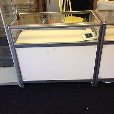 lockable glass shop display counter