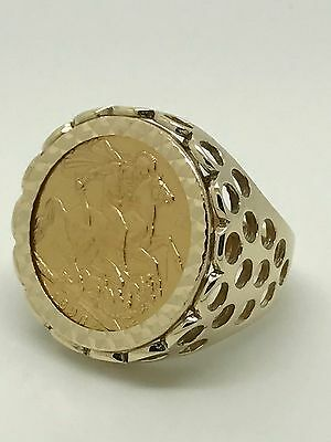 1896 Queen Victoria Full Sovereign Ring - 22ct Gold - Size S - 15.20g
