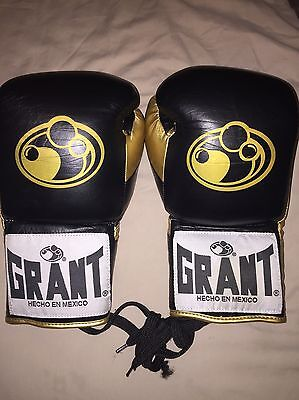 CUSTOM MADE ORIGINAL GRANT 10oz LACE UP FIGHT GLOVES
