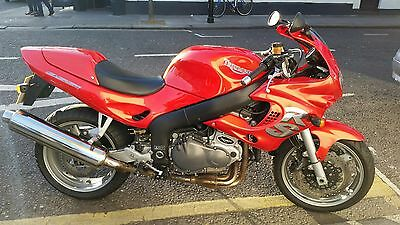 Triumph 955i RS Sprint motorcycle