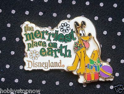 Disney Pin PLUTO DLR The Merriest Place on Earth 2002 3D BD2