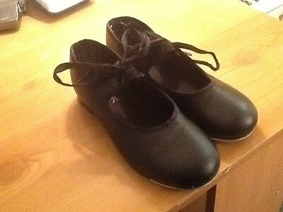 Black tap shoes size 13 used in good condition