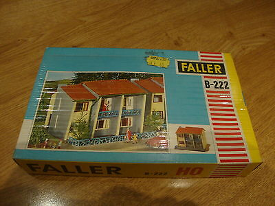 L50 Faller Model Kit B-222 - Apartment Building H0