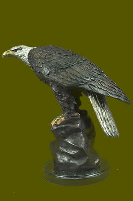 Large bronze Eagle statue by Jules Moigniez. Finest USA bronze Casting Deco DB