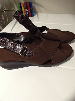 AEROSOLES-BROWN wedge sandals/stretch uppers,asNew..s.11 (42)