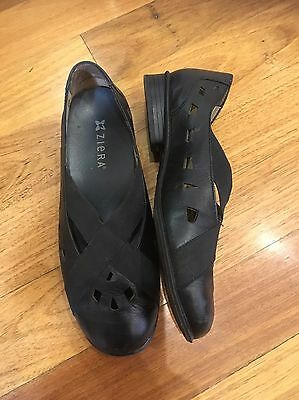 ZIERA Leather Flats shoes Size 37.5 Black Removable Lining Super Soft