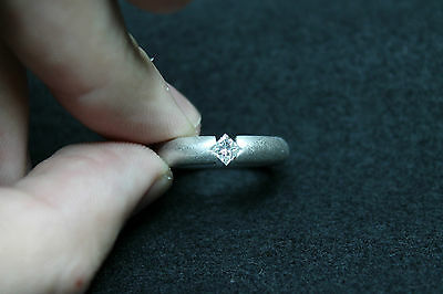 18Ct White Gold Ring With Natural Princess Cut Diamonds!!! 0,26Ct!!!