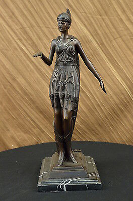 Handmade bronze sculpture Bas Marble Lady Knight Woman Warrior Deco Art DB