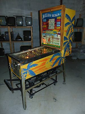 Bally Malibu Beach Bingo Pinball Machine