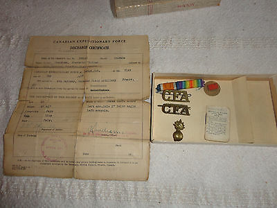Original CEF CFA Badges and Discharge Paper,  booklet,  Guelph Ontario Canada