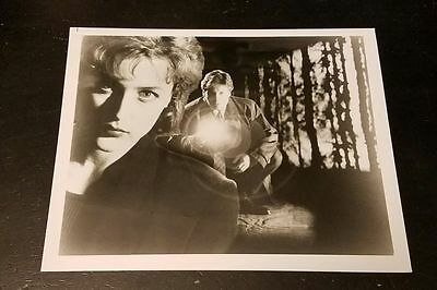 The X-Files Photo - Mulder & Scully - David Duchovny - Gillian Anderson