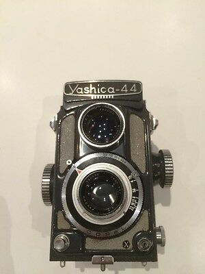 Yashica 44 TLR Film Camera with 60mm F3.5 【Vintage】【EXC+++】