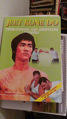 Bruce lee Jeet Kune Do: Conditioning and Grappling Methods