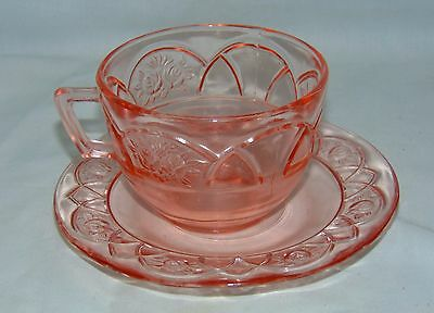 Federal ROSEMARY PINK *PINK * CUP & SAUCER*