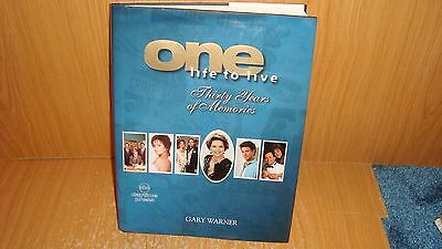 One Life to Live - ABC Daytime Press  Hard cover - Illustrated 1998  EX