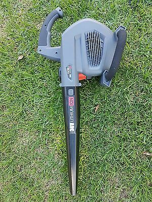 Ozito 36v lithium ION blower barely used
