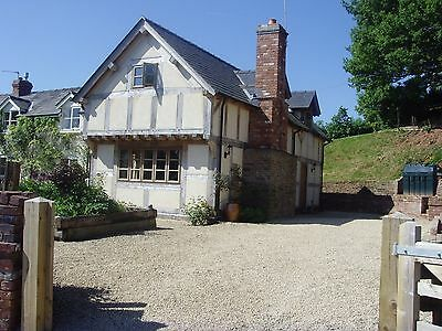 Self Catering luxury holiday cottage in the Golden Valley Herefordshire