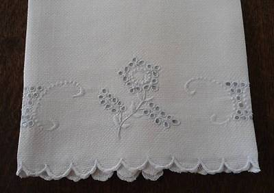 Vintage Antique Linen Guest Hand Towel Blue Eyelet Flowers Swirl Embroidery