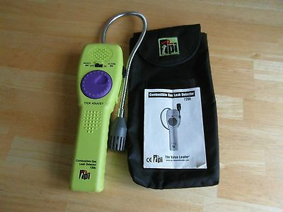 TPI 720b Combustible Gas Leak Detector with case and instructions