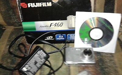 Lot Fujifilm  F460  Camera, Charger, Software Included☆Excellent Used Lot*