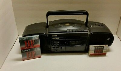 FISHER STUDIO SERIES PHD-6200 CASSETTE/ CD PLAYER BOOMBOX +3 Tapes +Batteries