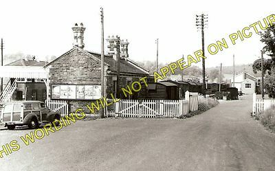 Hallatrow Railway Station Photo. Clutton - Midsomer Norton. Radstock Line. (2)