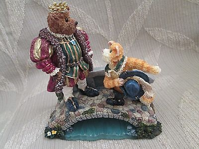 Retired Boyds Bears Resin Puss N Boots With His Majesty-Item #2460-Sealed-NIB!