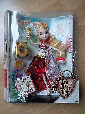 Ever After High: Apple White Legacy Day neuf