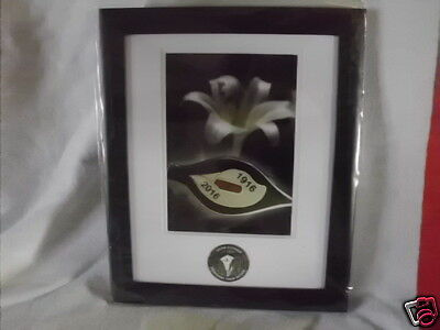 Irish Republican Framed Picture With Real Badge Dublin 1916 Related New Release7