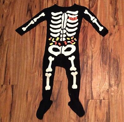 Toddler boys or girls Baby Gap black skeleton onesie size 2 Halloween skull