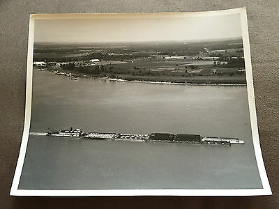 """10"""" x 8"""" GENUINE 1950 PHOTO OF USA RIVER BARGE TOWBOAT """"NEW ORLEANS"""" AT MEMPHIS"""
