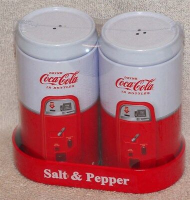 Coca-Cola S & P Shaker Set In Caddy - Vending Machine Design - New! L@@k!